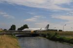 ケンジウムさんが、アムステルダム・スキポール国際空港で撮影したブエリング航空 A320-214の航空フォト(写真)