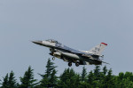 NCT310さんが、横田基地で撮影した米空軍 F-16 Fighting Falconの航空フォト(写真)
