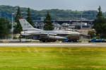 NCT310さんが、横田基地で撮影したアメリカ空軍 F-16 Fighting Falconの航空フォト(写真)