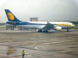 まいけるさんが、チャトラパティー・シヴァージー国際空港で撮影したジェットエアウェイズ A330-202の航空フォト(飛行機 写真・画像)