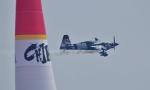 joepoさんが、幕張海浜公園で撮影したカナダ企業所有 Edge 540 V3の航空フォト(写真)