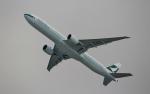 ハピネスさんが、香港国際空港で撮影したキャセイパシフィック航空 777-367/ERの航空フォト(写真)