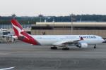 SFJ_capさんが、成田国際空港で撮影したカンタス航空 A330-303の航空フォト(写真)