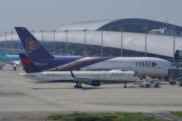 飛行機ゆうちゃんさんが、関西国際空港で撮影したデルタ航空 757-26Dの航空フォト(飛行機 写真・画像)