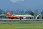 やまさんが、ノイバイ国際空港で撮影した香港航空 A320-214の航空フォト(写真)
