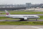 VEZEL 1500Xさんが、羽田空港で撮影した日本航空 777-246の航空フォト(写真)