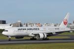 ITM44さんが、伊丹空港で撮影した日本航空 777-246の航空フォト(写真)