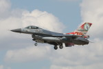 EXIA01さんが、フェアフォード空軍基地で撮影したオランダ王立空軍 F-16AM Fighting Falconの航空フォト(写真)