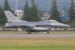 マリオ先輩さんが、横田基地で撮影したアメリカ空軍 F-16C Fighting Falconの航空フォト(写真)