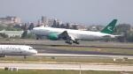 誘喜さんが、アタテュルク国際空港で撮影したトルクメニスタン航空 777-22K/LRの航空フォト(写真)