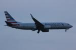 いっとくさんが、ジョン・F・ケネディ国際空港で撮影したアメリカン航空 737-823の航空フォト(写真)