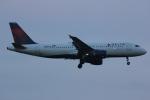 いっとくさんが、ジョン・F・ケネディ国際空港で撮影したデルタ航空 A320-212の航空フォト(写真)
