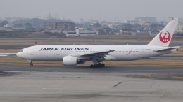 AE31Xさんが、伊丹空港で撮影した日本航空 777-246の航空フォト(飛行機 写真・画像)