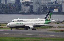 飛行機ゆうちゃんさんが、羽田空港で撮影したエバー航空 A330-302の航空フォト(飛行機 写真・画像)
