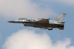 チャッピー・シミズさんが、フェアフォード空軍基地で撮影したポーランド空軍 F-16C-52-CF Fighting Falconの航空フォト(写真)