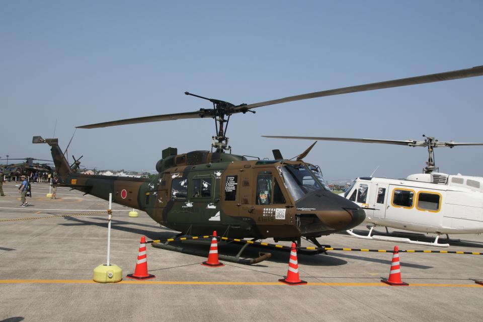 ショウさんの陸上自衛隊 Fuji UH-1J (41819) 航空フォト