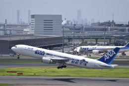 flying-dutchmanさんが、羽田空港で撮影した全日空 767-381/ERの航空フォト(飛行機 写真・画像)