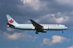 らむえあたーびんさんが、成田国際空港で撮影したエア・カナダ 767-375/ERの航空フォト(写真)
