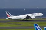 Mochi7D2さんが、羽田空港で撮影したエールフランス航空 777-228/ERの航空フォト(写真)