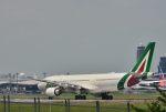 takatakaさんが、成田国際空港で撮影したアリタリア航空 A330-202の航空フォト(写真)
