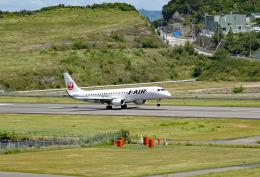 tsubasa0624さんが、南紀白浜空港で撮影したジェイ・エア ERJ-190-100(ERJ-190STD)の航空フォト(飛行機 写真・画像)