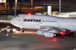 グリスさんが、羽田空港で撮影したカンタス航空 747-438の航空フォト(写真)