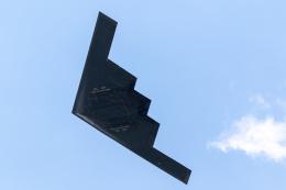 チャッピー・シミズさんが、フェアフォード空軍基地で撮影したアメリカ空軍 B-2A Spiritの航空フォト(飛行機 写真・画像)