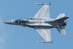 Tomo-Papaさんが、フェアフォード空軍基地で撮影したポーランド空軍 F-16CJ Fighting Falconの航空フォト(写真)