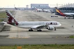 くれないさんが、関西国際空港で撮影したカタール航空 A330-202の航空フォト(飛行機 写真・画像)