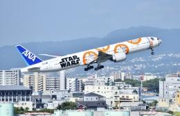 kurubouzuさんが、伊丹空港で撮影した全日空 777-381/ERの航空フォト(写真)
