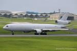 かずかずさんが、嘉手納飛行場で撮影したウエスタン・グローバル・エアラインズ MD-11Fの航空フォト(写真)