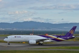 Take51さんが、関西国際空港で撮影したタイ国際航空 A350-941の航空フォト(飛行機 写真・画像)