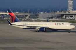 キイロイトリさんが、関西国際空港で撮影したデルタ航空 767-332/ERの航空フォト(写真)