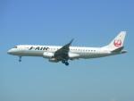 taka100さんが、女満別空港で撮影したジェイ・エア ERJ-190-100(ERJ-190STD)の航空フォト(写真)