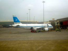 まいけるさんが、チャトラパティー・シヴァージー国際空港で撮影したクウェート航空 A320-214の航空フォト(飛行機 写真・画像)