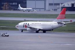 kumagorouさんが、那覇空港で撮影した日本トランスオーシャン航空 737-2Q3/Advの航空フォト(飛行機 写真・画像)