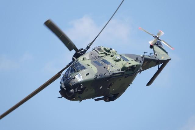 nobu2000さんが、フェアフォード空軍基地で撮影したフィンランド陸軍 NH90の航空フォト(飛行機 写真・画像)
