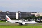 @あきやんさんが、伊丹空港で撮影した日本航空 777-246の航空フォト(写真)