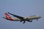 しかばねさんが、成田国際空港で撮影したカンタス航空 A330-202の航空フォト(写真)