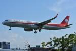 デルタおA330さんが、台北松山空港で撮影した四川航空 A321-231の航空フォト(写真)
