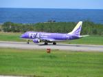 おっつんさんが、新潟空港で撮影したフジドリームエアラインズ ERJ-170-200 (ERJ-175STD)の航空フォト(飛行機 写真・画像)
