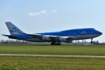 nobu2000さんが、アムステルダム・スキポール国際空港で撮影したKLMオランダ航空 747-406Mの航空フォト(写真)