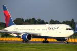 ちゅういちさんが、成田国際空港で撮影したデルタ航空 767-332/ERの航空フォト(写真)