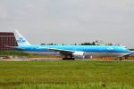 ちゅういちさんが、成田国際空港で撮影したKLMオランダ航空 777-306/ERの航空フォト(写真)