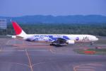 プルシアンブルーさんが、新千歳空港で撮影した日本航空 777-346の航空フォト(写真)