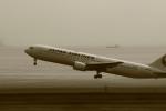 恵二さんが、羽田空港で撮影した日本航空 767-346/ERの航空フォト(写真)