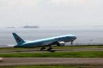 恵二さんが、羽田空港で撮影した大韓航空 777-2B5/ERの航空フォト(写真)