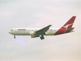 エルさんが、成田国際空港で撮影したカンタス航空 767-238/ERの航空フォト(飛行機 写真・画像)