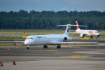 TulipTristar 777さんが、ミラノ・マルペンサ空港で撮影したブルガリアン・エア・チャーター MD-82 (DC-9-82)の航空フォト(写真)
