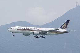HEATHROWさんが、香港国際空港で撮影したシンガポール航空 777-212/ERの航空フォト(飛行機 写真・画像)